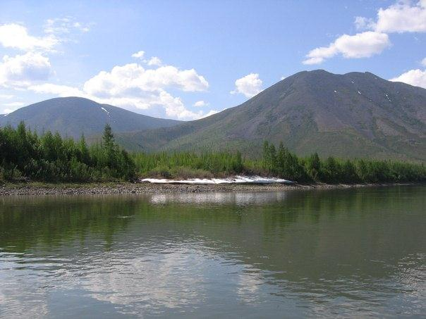река колыма летом
