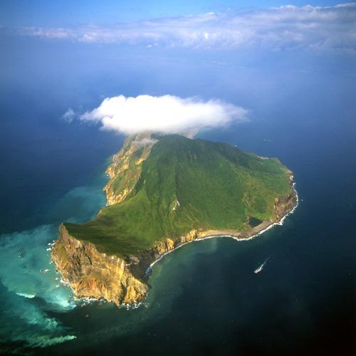 остров необитаемый